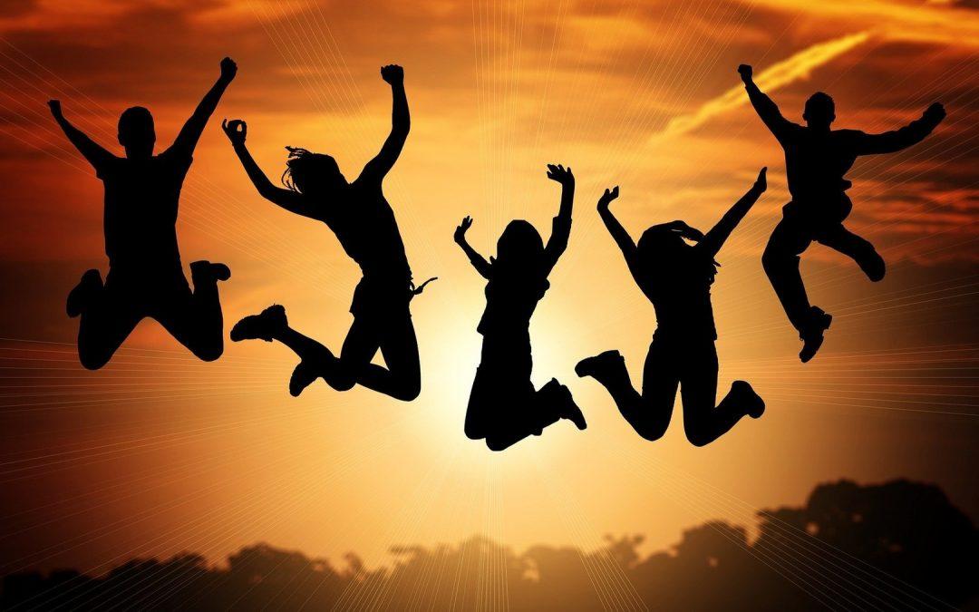 Zanimiv priročnik o spodbujanju aktivne participacije mladih